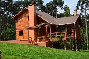 Casa de madeira alto padrão em curitiba